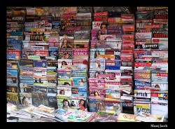 magazine stand image